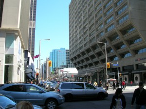 Intersection_of_Bloor_and_Bay_Streets,_Toronto